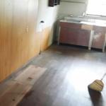 母親の寝室の遺品整理(当日立ち会いが難しいケース)