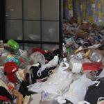 【名古屋市緑区】ゴミ屋敷となったお兄さまのお部屋の遺品整理と片付け、清掃作業